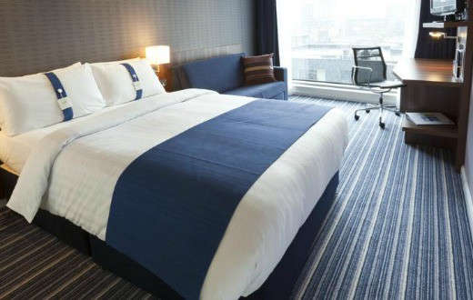 Holiday Inn Express Manchester 3