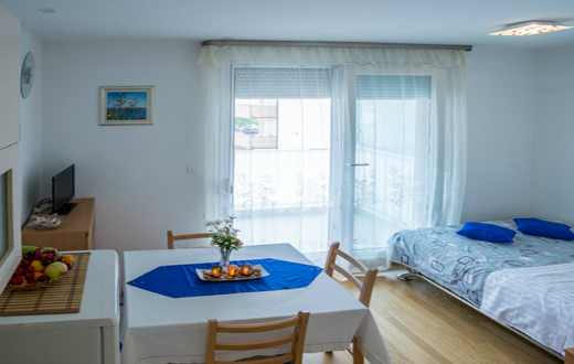 3* Apartments in Kašteli 4