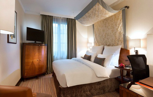 Royal Windsor Hotel Grand Place 6
