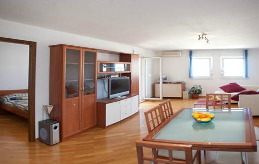 3* Apartments in Podstrana 7