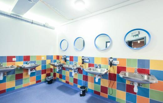 Antwerp City Hostel 8