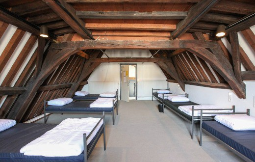 Antwerp City Hostel 9
