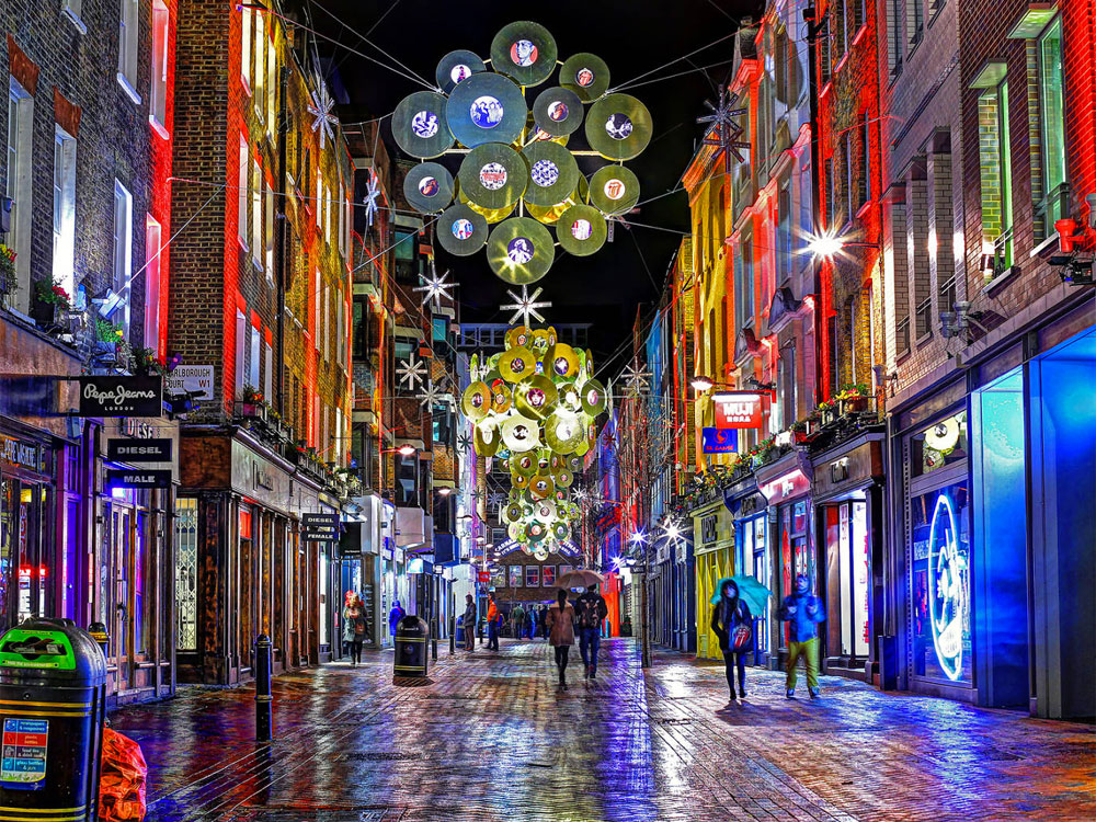 from oxford street through carnaby street down to covent garden why not take a tour of londons best sparkles hitting up a few stops along the way - Christmas In London