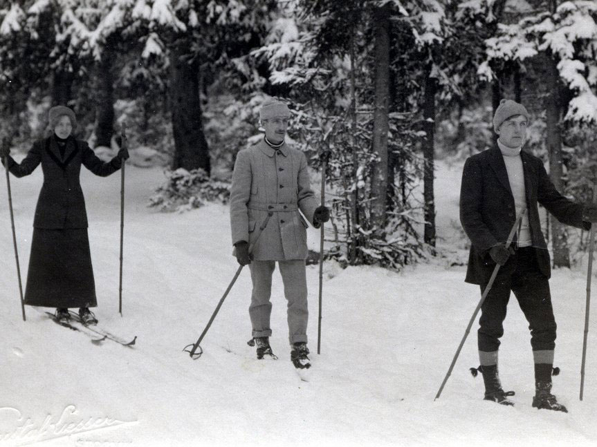 ski fashion  a history in 25 vintage photos