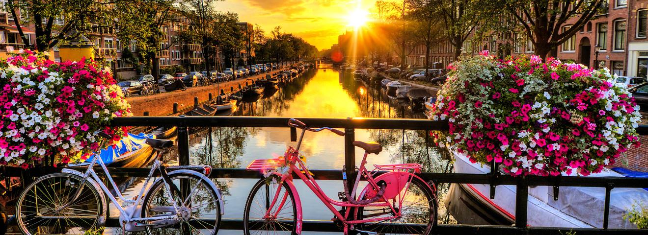 Travel Spotlight: Amsterdam