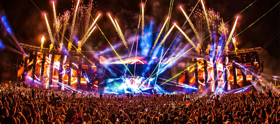 7 Photos That Will Make You Want to Go to Creamfields 2017