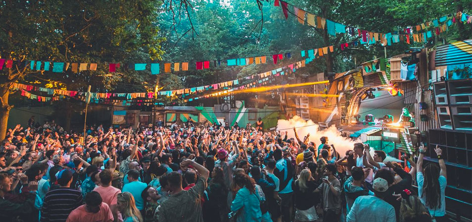 Mount Kimbie, Tom Misch, Daphni & More Added to Farr Festival 2018