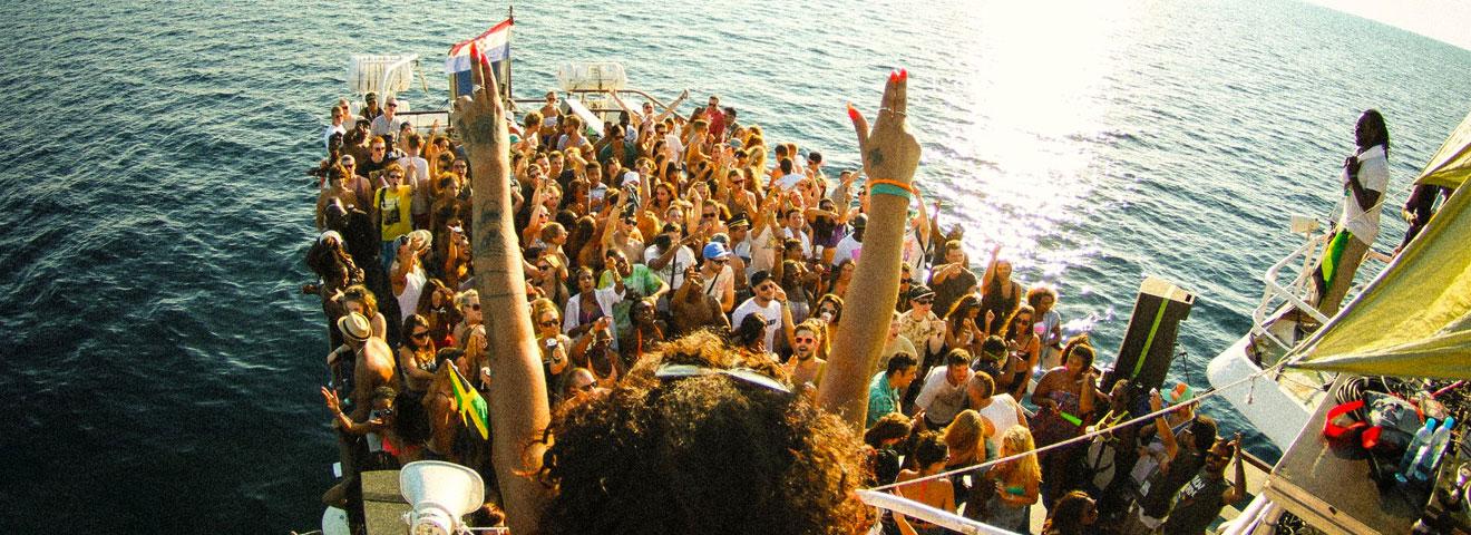 Outlook maakt programma boatparty's bekend