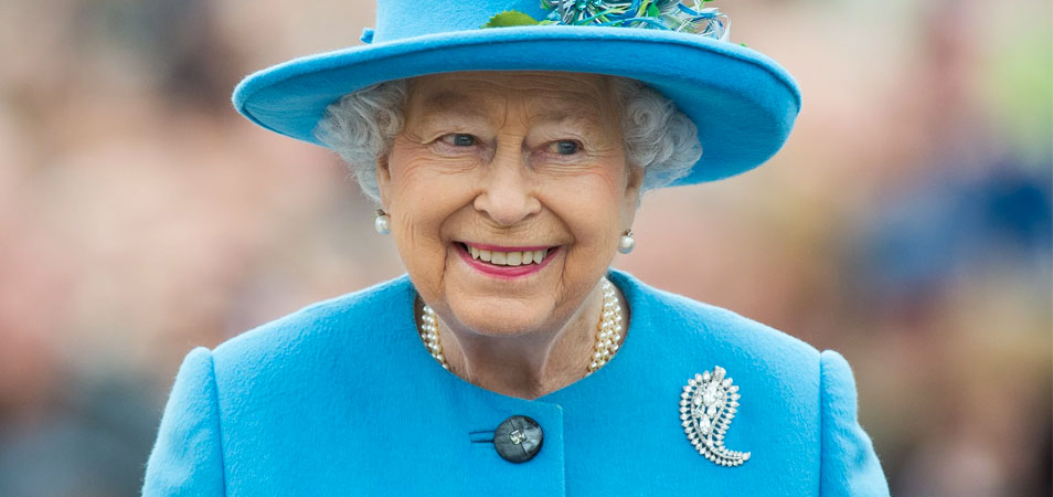 Birthday Party or Music Festival: Shaggy & Shawn Mendes to Perform at Queen Elizabeth's 92nd Birthday