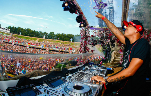 Tomorrowland 2015 thumb 4